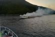 Kod Račišća izgorjela i potonula turistička brodica